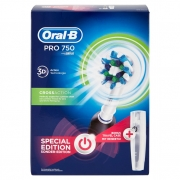 Oral-b Power Spazzolino Elettrico Pro 750 Black + Travel Case - Special Edition